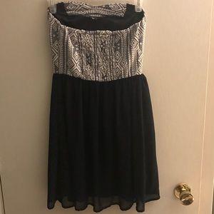 Xhilaration navy blue strapless dress